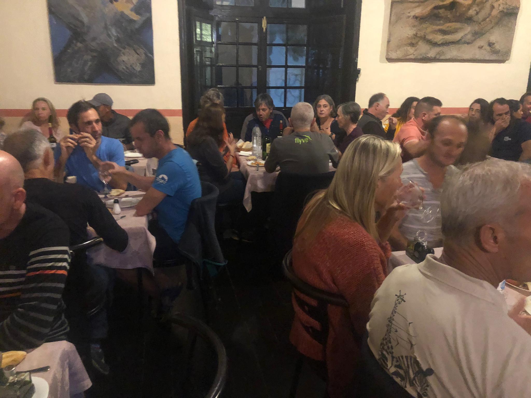 Restaurante Acatife, cena de pilotos y organización