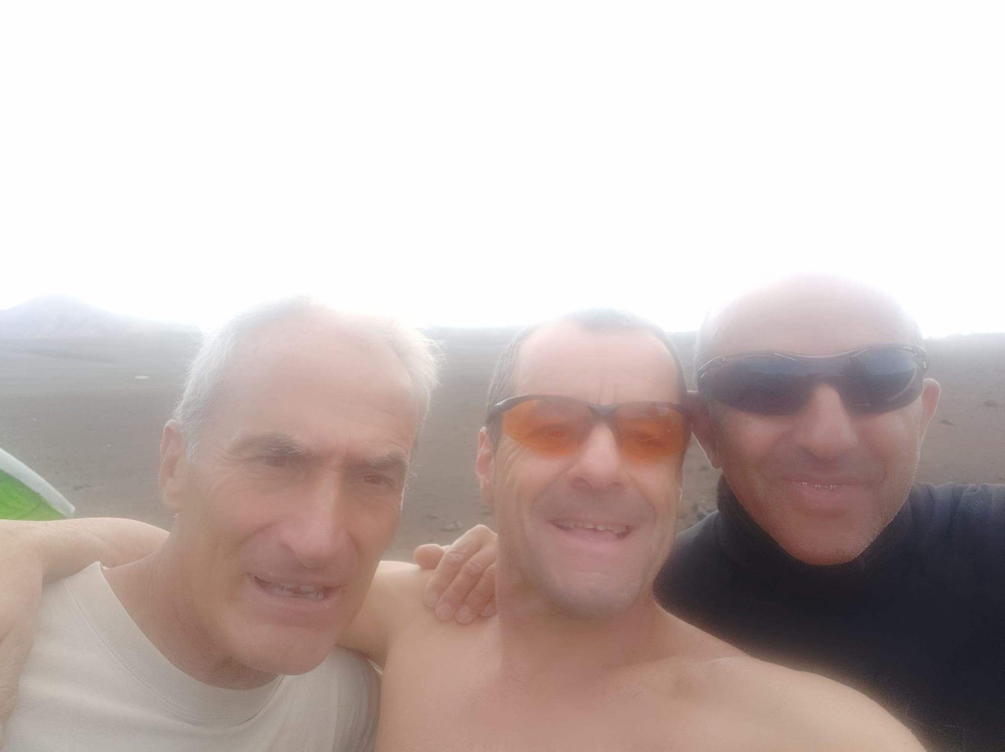 Gol Carlos, Tximo, Benito